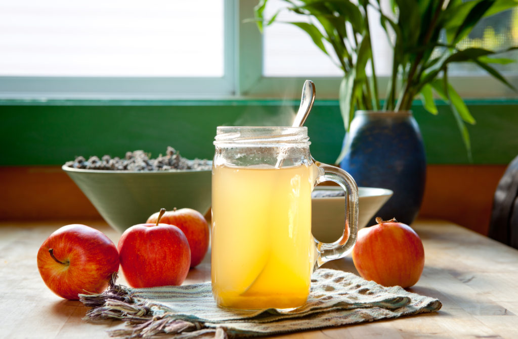 hot apple cider vinegar drink